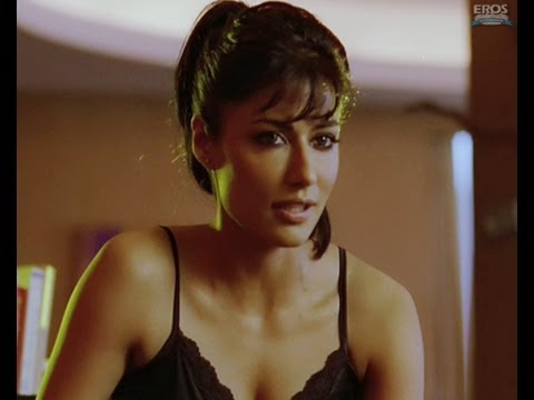 HOT Chitrangda undressing for Akshay - Desi Boyz