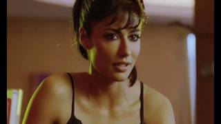 Chitrangda Singh turns teacher - Desi Boyz