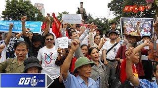 Sục sôi xuống đường phản đối Trung Quốc | VTC