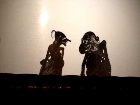 Javanese Shadow Puppets: Wayang Kulit Jawa, Mahabharata Scene video
