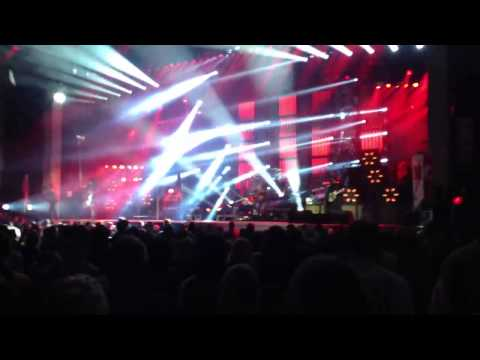 Motley Crüe Live Meadowbrook Gilford NH Dr Feelgood