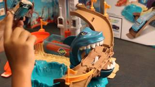 Hot Wheels City Sharkport Showdown Review