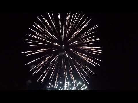 Újévi köszöntő és tűzijáték Zalaszentgróton (2020)