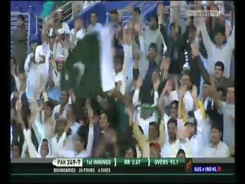 2 More Misbah-ul-Haq Monstrous Sixes to Monty Panesar