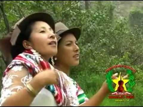 Santiago 2012 Huancavelica: Engreidas Quickapata Salcahuasi : Soledad y Delcy