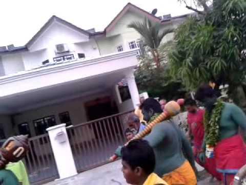 Sri Naga Kali Urumi Melam Klang video