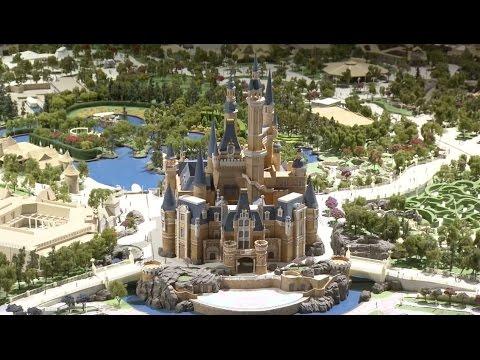 Full Shanghai Disneyland model up close
