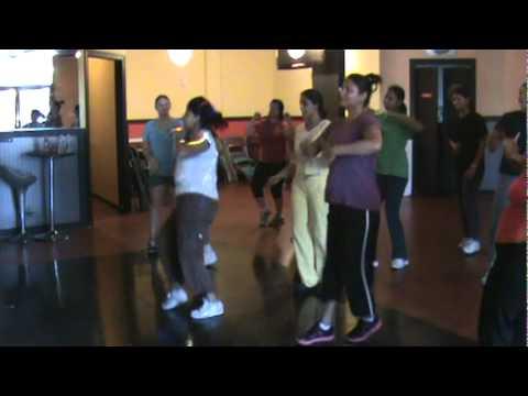 Zumba workout - Munni Badnam Hui