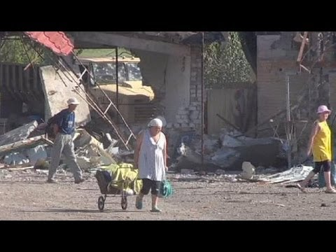 Ukraine: Slovyansk residents return to homes and businesses in ruins