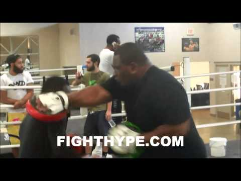 Adrien Broner Shows Off His Speed Ahead Of Emmanuel Taylor Clash: fastest Jab In The Business video