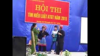 Kịch tiểu phẩm an toàn giao thông của 12C4 THPT Hoàng Su Phì cười vỡ bụng