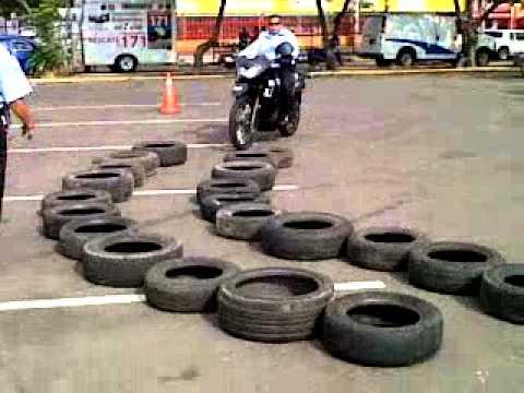 1ERA PROMOCION DE CURSO DE PARAMEDICOS MOTORIZADOS 171 ZULIA   07 DE MARZO DE 2013 PARTE 1