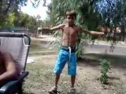 Muscle Man Damo video