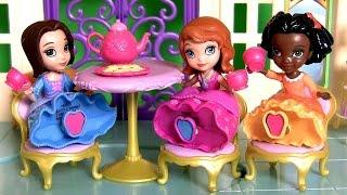 Play Doh Sofia Tea for Three Dolls Disney Princess Sofia The First Royal Tea Party playdough
