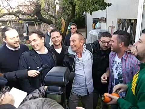 Emilia Romagna - Rauol Casadei canta con Matteo Salvini