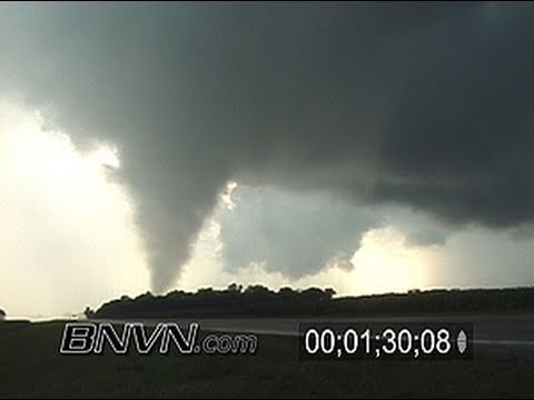 7/14/2003 Tornado Video Near Searles MN