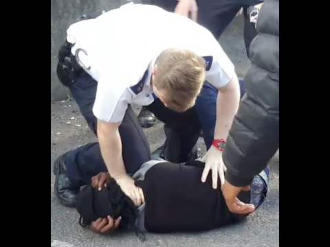 London Police  and out of control kids