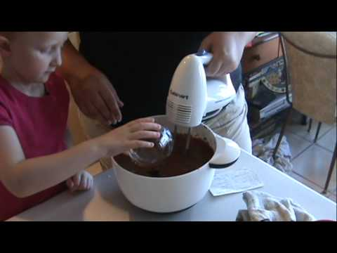 How to Make The Best Chocolate Cinnamon Cake