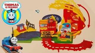 Oyuncak Tren Oyun Seti izle | New Action FAKE Thomas & Friends Train Railways Playset Toys
