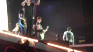 Strong- Madrid One Direction(11-07-2014)