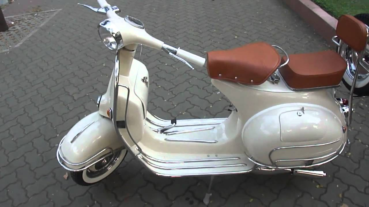 retro classic vespa vbb 150cc in ivory cream id sv 086 youtube. Black Bedroom Furniture Sets. Home Design Ideas