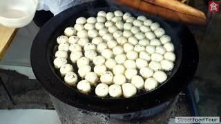 Real Chinese Street Food 😋2019 - SHANGHAI SHENGJIAN BAO PAN FRIED DUMPLING MAKING PROCESS