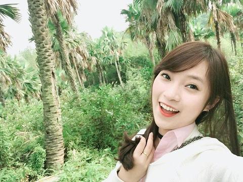 Khánh Vy - Cô Gái Xứ Nghệ Nổi Tiếng Trổ Tài Dẫn Chương Trình Truyền Hình Và MC Du Lịch