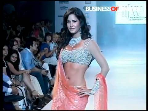 Katrina Kaif walks the ramp at Mumbai s Jewellery Week