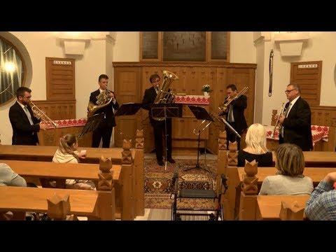 A Savaria Rézfúvós Együttes koncertje Hévízen (részlet)