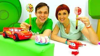 Кафе на Дереве - Маквин и тачки - видео с игрушками.