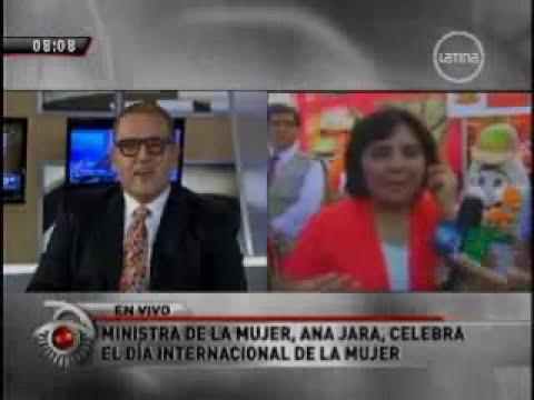 La ministra de la Mujer, Ana Jara, inauguró feria de derechos
