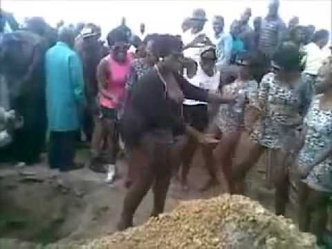 Twerking At A Funeral In Pretoria video