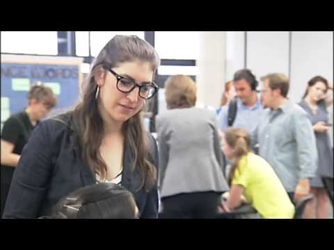 SNN: Big Bang Theory's Mayim Bialik visits Sarasota Middle School