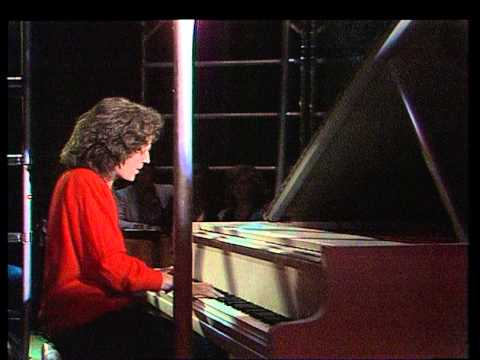 Gilbert O'Sullivan - Nothing Rhymed