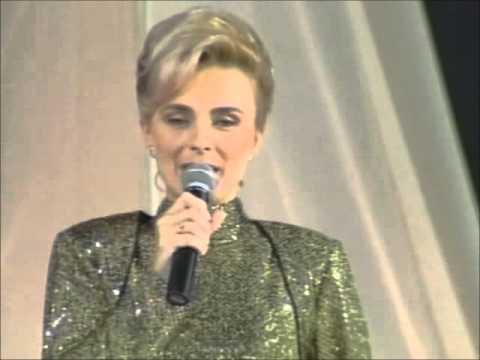 Elvira Cerić - Osamdesete @ Miss BiH 1999
