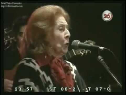 """Nelly Omar cumplió 102 años, y la recordamos cantando """"La Descamisada"""", dedicada a Perón y a Evita"""