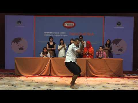 Indonesia Arts and Culture Shorlaship 2014 (John - Fiji)