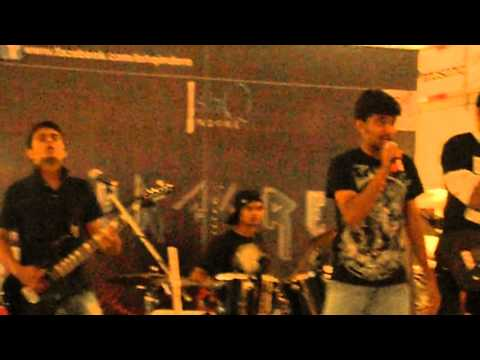 Pyaar Hume Kis Mod Pe - Satte Pe Satta Rock Version Live By Encore Ishqindore  C 21 Mall, Indore video