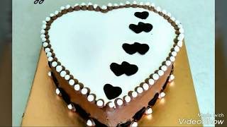 Eggless Vanilla Chocolate Cream Cake