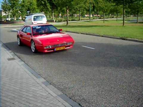 ferrari mondial t driving by and accelerates nice engine sound youtube. Black Bedroom Furniture Sets. Home Design Ideas