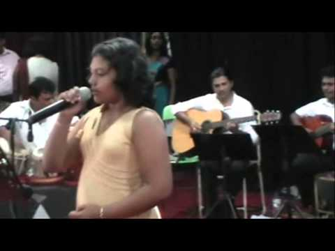 Jara Ruk Ruk Ke  -  Geeth Madhuri Musical Show 2013 video