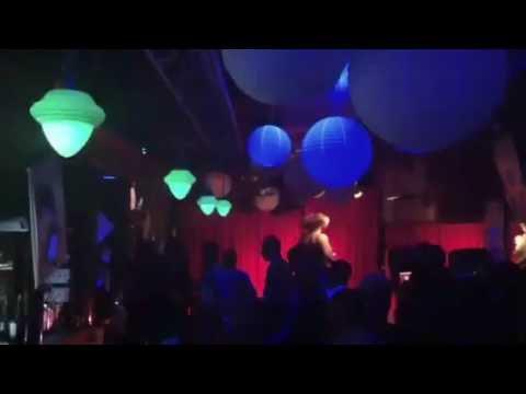 Happy Hour at Music Box Bar (aka Caja Musical)