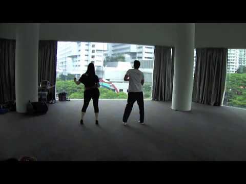 BACHATA COMBO & FOOTWORK (Bachata Moderna Singapore)