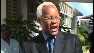 Mh. Edward Lowassa akaribishwa ofisini baada ya kupitishwa na Bunge kuwa Waziri Mkuu