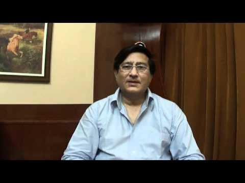 Dr. Vivek Bharadwaj- Maine tere liye hi saat rang ke sapne.wmv...