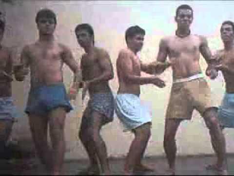 Танец голых русских парней видео ютуб тут