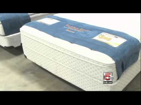 Queen Bed Mattress St Louis Weekends Only Furniture Outlet In St Louis Youtube
