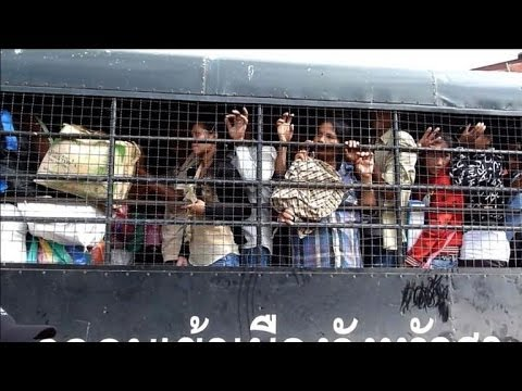 Over 150,000 Cambodians flee Thailand in fear of junta
