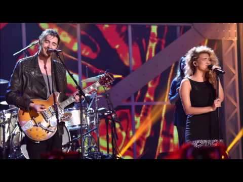 Tori kelly & Hozier - Blackbird at the VH1 Awards