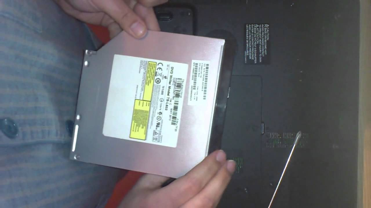 changer le lecteur ou graveur cd dvd sur un pc portable ordinateur youtube. Black Bedroom Furniture Sets. Home Design Ideas